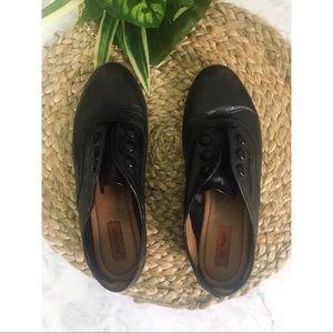 Miz mooz Black leather loafers 8 augustine